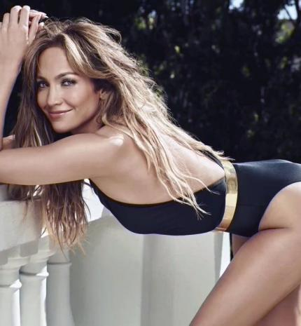 Divat & Stílus - Íme Jennifer Lopez tökéletes alakjának titka