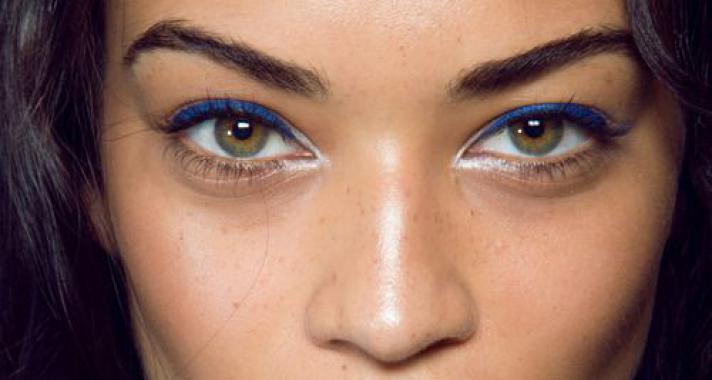 Top10 smink tipp: színes szemhéjtus minden mennyiségben