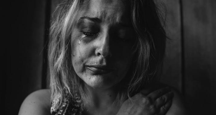 10 dolog, ami azokra az emberekre jellemző, akiket érzelmileg bántalmaztak gyermekkorukban