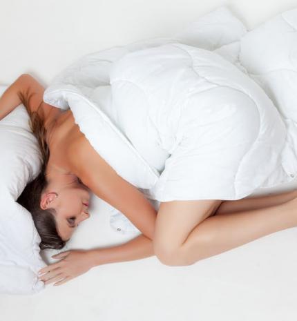 4 dolog, ami miatt mostantól meztelenül kellene aludnod