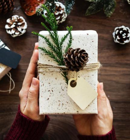Okos ajándék tippek – hasznos ötletek a fa alá