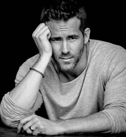 10 kép, ami bizonyítja, hogy Ryan Reynolds napjaink egyik legszexibb férfija
