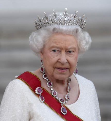 10 meglepő tény, amit nem tudtál II. Erzsébet királynőről