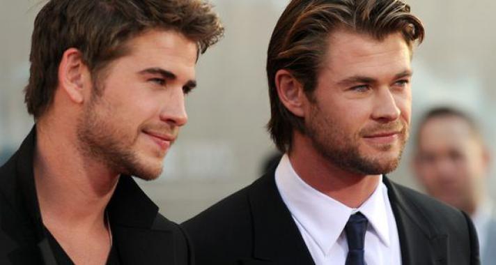 Top10: képek a celeb világ legszexibb testvérpárjáról, Chris és Liam Hemsworth-ről