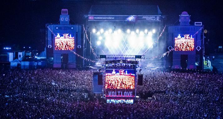 125 magyar fellépő a VOLTon