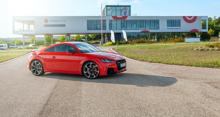 Édes hármas - kipróbáltuk az új Audi TT RS-t