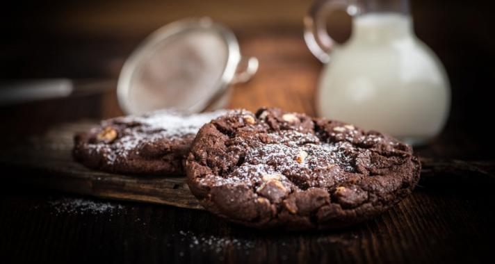 Zabpelyhes csokis keksz