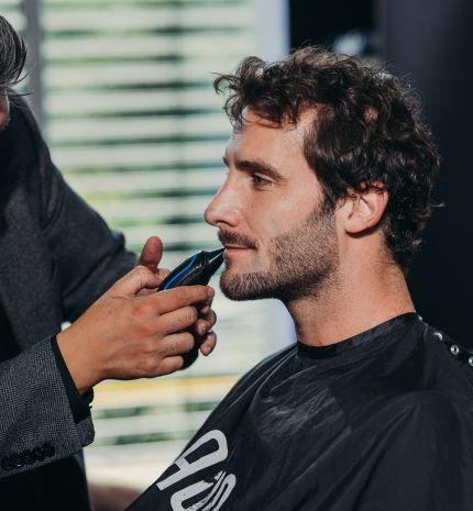 'A 20-as és a 40-es éveikben járó férfiaknak különböző trendeket kellene követni' – interjú Dan Gregory-val