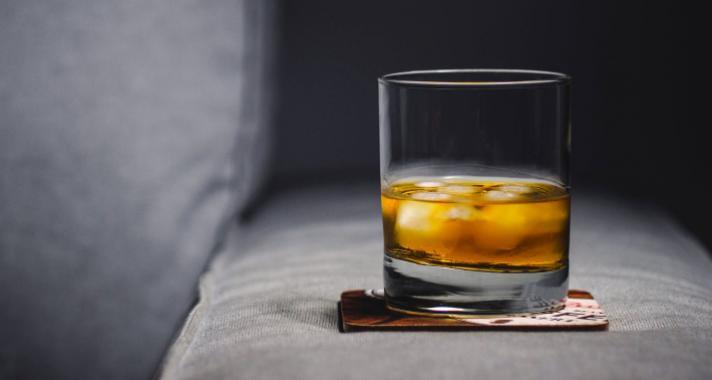 Hogyan kóstoljunk whiskyt? Profi gyorstalpaló kezdőknek