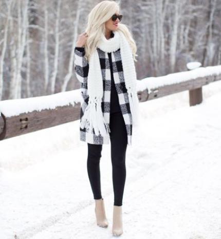 Stílusiskola: így viselj télen feketét és fehéret