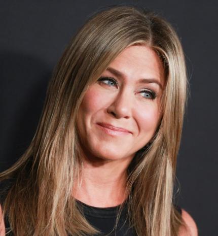 """""""Nem mondom, hogy nem tudok nélküled élni, mert tudok. Csak nem akarok."""" Jennifer Aniston 50"""