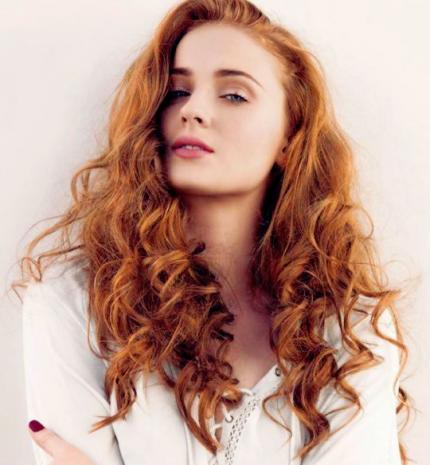 Top10: frizura ötletek Sophie Truner-től