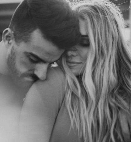 Veled éltem, egyedül