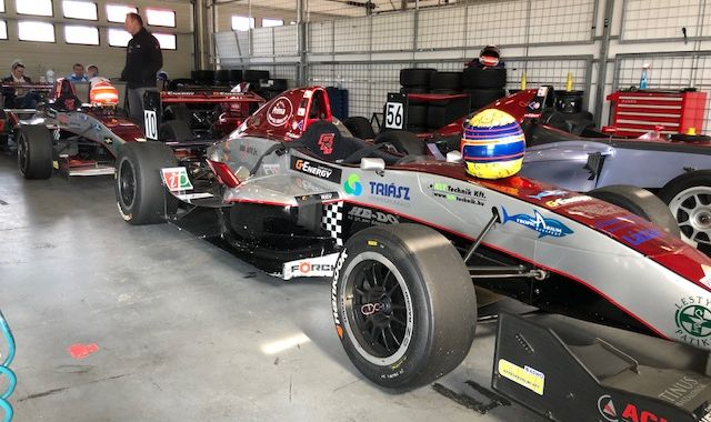 Nemzetközivé bővül a Gender Racing Team!