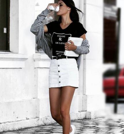 Stílusiskola: így viselj fehér szoknyákat