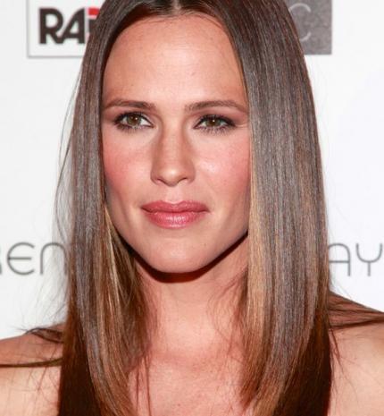 Top10: frizura ötletek Jennifer Garnertől