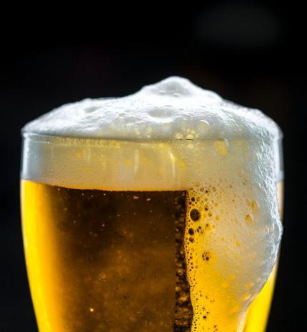 Ezek a legfrissebb sörtrendek: új ízek, növekvő fenntarthatóság, zéró glutén és az alkoholmentes sörök további térnyerése várható