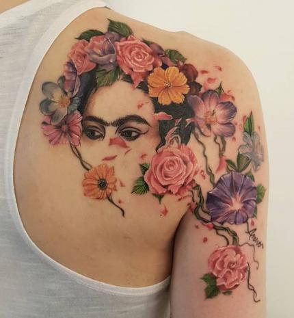Top10: csodálatos, Frida Kahlo által inspirált tetoválások