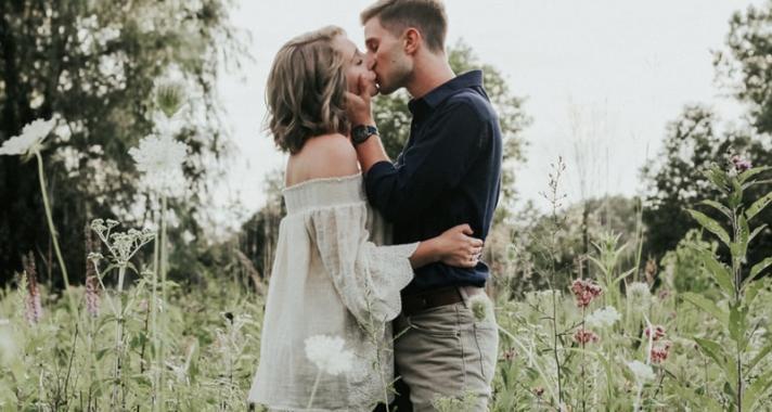 A csók világnapja