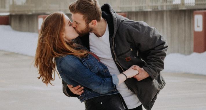 Csók az első randin?