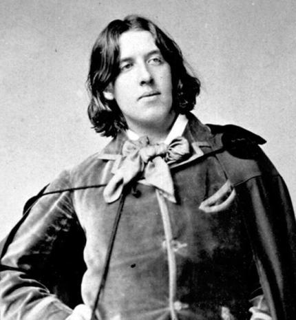 'A férfiak fáradtságból házasodnak; a nők kíváncsiságból: de mindegyik csalódás a végén.' – idézetek Oscar Wildetól