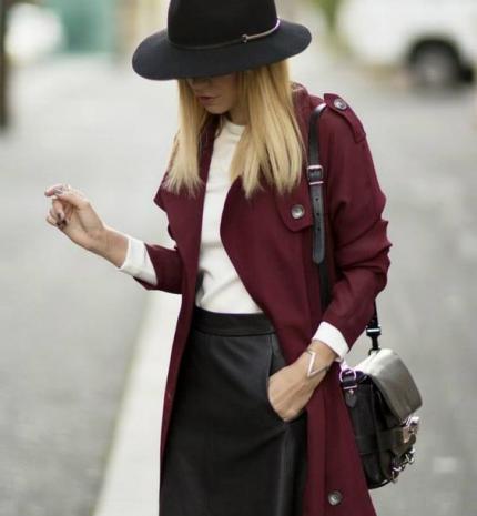 Stílusiskola: így viseld ősszel a bordó színt