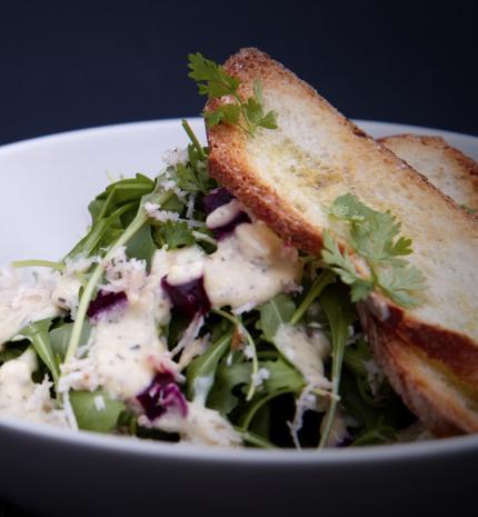 Saláta összetevők, melyeket érdemes kerülni