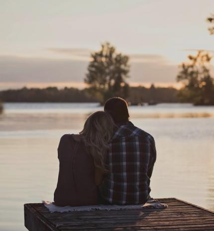 Lelket kell csókolni