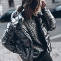 Stílusiskola: így viseld az őszi/téli szezon nagy kedvencét, az ezüstöt