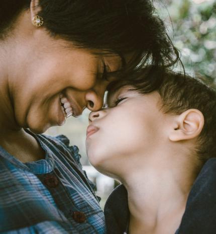 Anyák lazán: Miért jó és miért szabad hibázni?