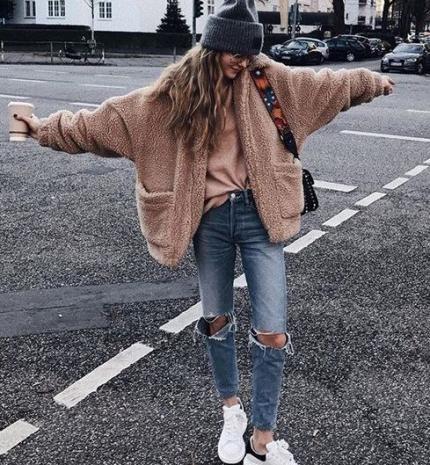 Stílusiskola: téli outfitek arra az esetre, ha nincs kedved kiöltözni