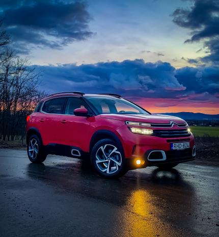 Autó & Motor - Semmiképp nem tucat autó – Citroën C5 Aircross 1.5D Shine