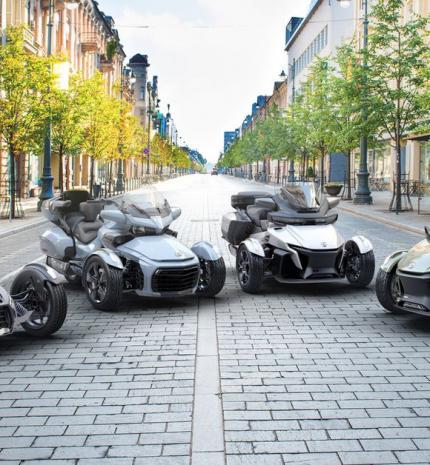 Autó & Motor - Can-Am On-Road termékpaletta 2021-ben