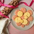 Gasztronómia - színes karácsonyi kekszek tonkababbal