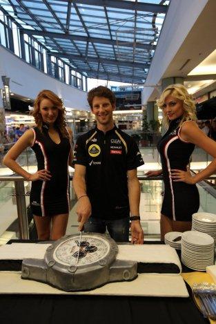 A Lotus F1 csapatával sütiztünk