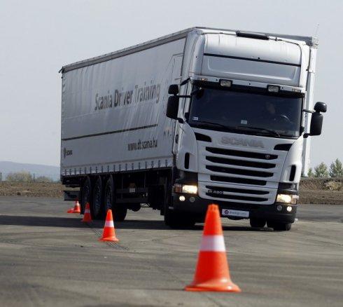 Miénk Európa legkorszerűbb vezetéstechnikai központja
