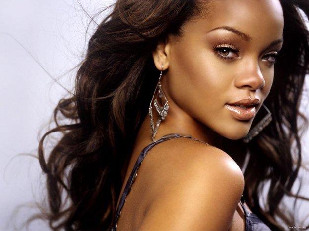 Rihanna lecsúszott Vin Dieselről