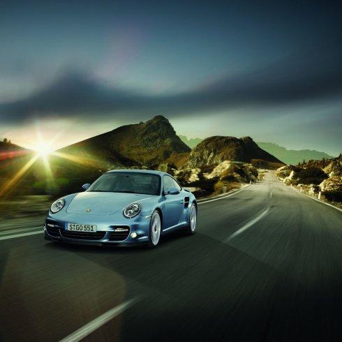 Az új Porsche 911 Carrera: tradíció és modernitás