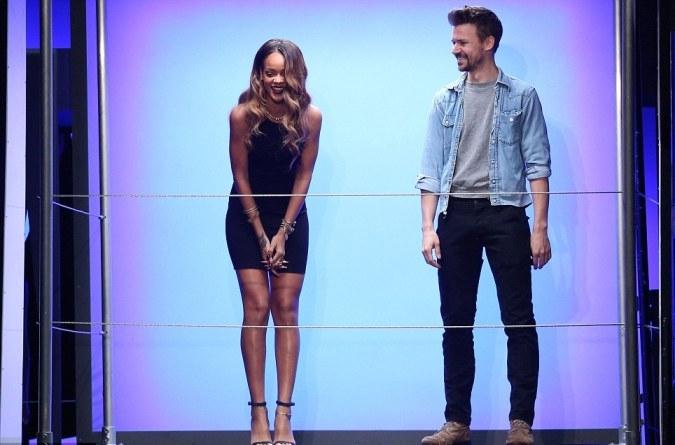 Rihanna tervez, River Island végez