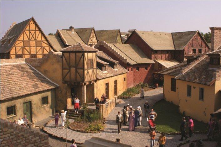 Izgalmas nyaralást keresel? Utazz a középkorba!