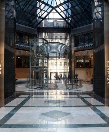 Exkluzív és takarékos: így vonzza a bérlőket a Bank Center