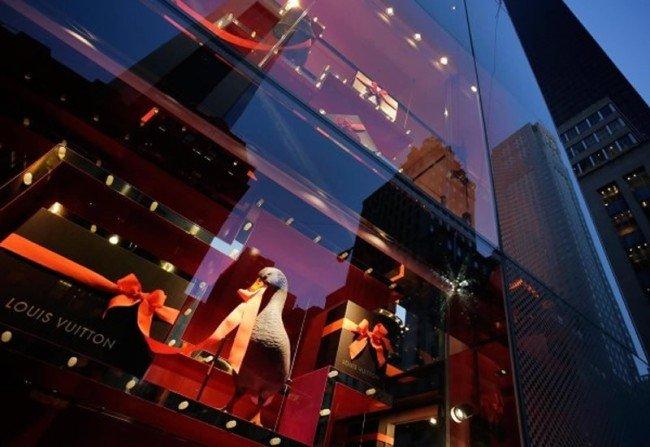 Karácsony New York ablakaiban