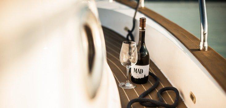 Minden élmény egy kikötőben –ízek és illatok, zene és gólöröm