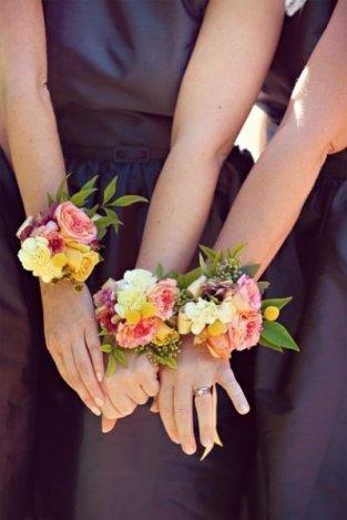 30 kötelező esküvői fotó a koszorúslányokkal