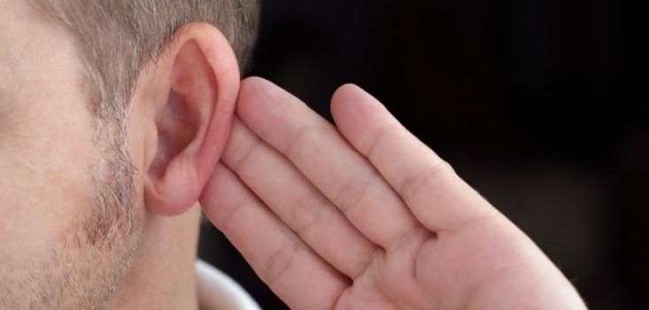 Így beszélj egy hallássérülttel!