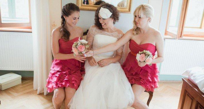 Igazi esküvők: könnyed és elegáns