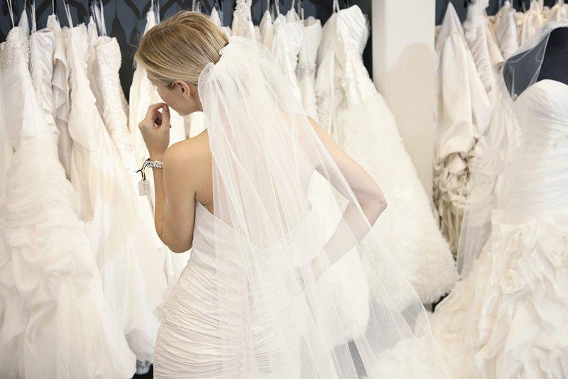 162d56eb89 8 tipp a menyasszonyi ruha választáshoz
