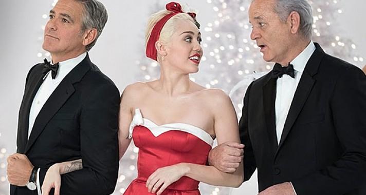 Ahogyan már nagyon rég nem láttuk Miley Cyrust, és el is felejtettük, mennyire tehetséges