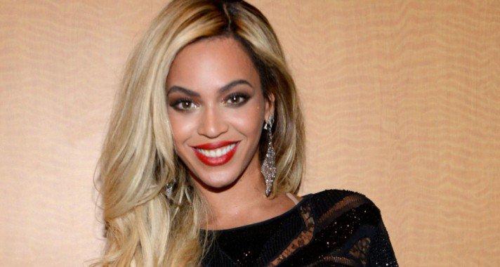 Soha nem hallott érdekességek a legnagyobb énekesnőkről