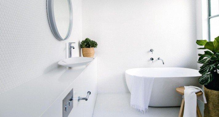 8 praktikus ötlet kis fürdőszobákhoz